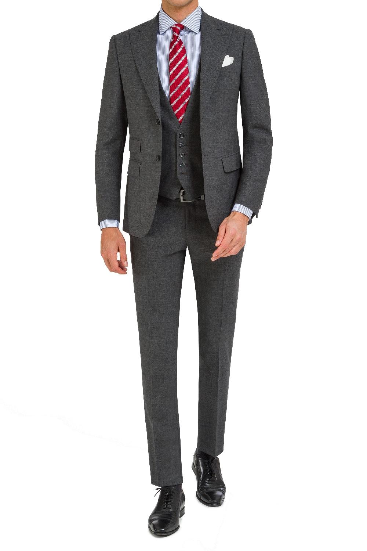 Sophisticated grey 3 pcs suit.